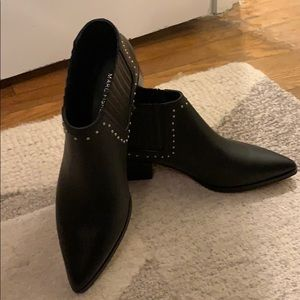 MARC FISHER - Idalee - black ankle booties- Size 8